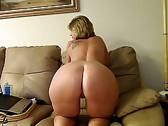 Beautiful Mature Webcam Show