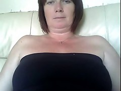 English Milf On Webcam