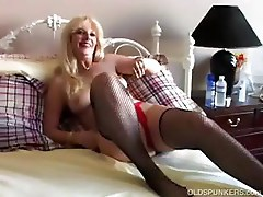 Fucking sexy MILF in fishnet stockings