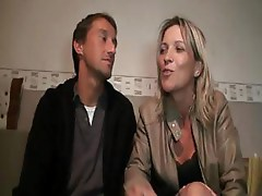 Cute French blonde MILF with her man blows rod and bangs on couch