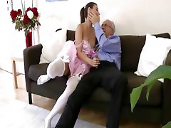 Amateurs fuck on couch in european style stockings
