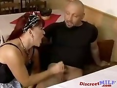 Old MILF get fucked hard by young guy