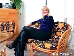 Old blonde slut rides big cock on the part3