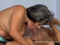 Super sexy mature lady