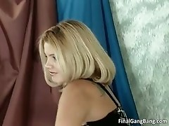 Dirty MILF blonde blows hardon part4