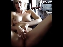 Son films not his mom masturbating