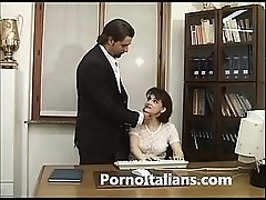 Segretaria italiana bocchinara  - italian secretary blowjobs