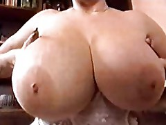 Mature Lady Toni sqeezing her boobs - lovely