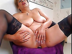 Mature - Huge Pussy Anal Part 1