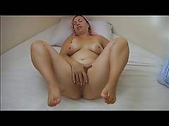 real amateur mature housewife masturbate