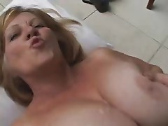 Ebony Tranny fucks Blonde Mature