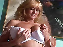Rheina Shine - Hot Big Titted Mom