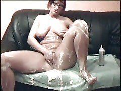 applying cream body