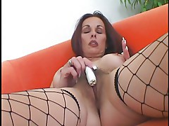 HOT HAIRY MATURE MILF GETS POUNDED