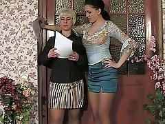 Penny Girls For Matures Penny&Laura 643 clip