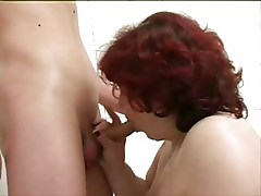 Mature BBW And Boy Alisa In The Bath