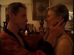 Mature lady with hubby - CD2010
