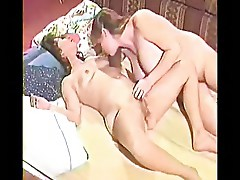 Hairy mature lesbians playng togheter