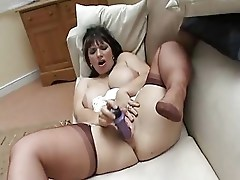 Busty Mature in Fully Fashioned Nylon Stockings Fun