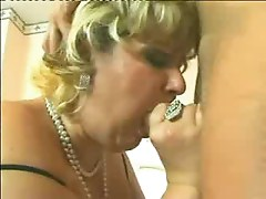 Slut Mature Ramming The Rod ( amateur mother mom milf granny cumshot blowjob )