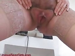 Mature pregnant and hairy amateurs pussy spreading