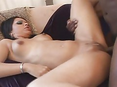Exotic And Sexy Looking Mature Gets The BBC