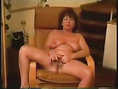 Chair masturbation of French carla 45 years